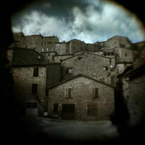Abel Bourgeois photographie à chambre et lentille à eau, paysage de Toscane, sélection galerie d'art Virginie Baro