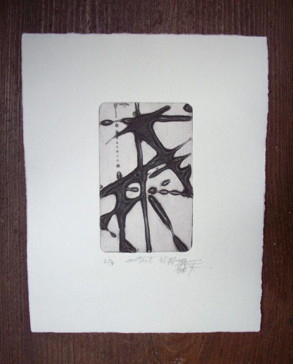 Blandine Galtier, gravure en noir et blanc technique du carborundum, tirage numéroté sur 3 exemplaires, sur papier Hahnemühle, représentée par la galerie d'art Virginie Baro