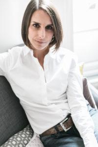 Virginie Baro · Promotion d'artistes, galerie d'art accompagne les carrières d'artistes plasticiens