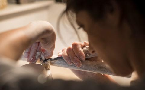 Nadège Mouyssinat, sculpteur céramiste, représentée par la galerie d'art Virginie Baro