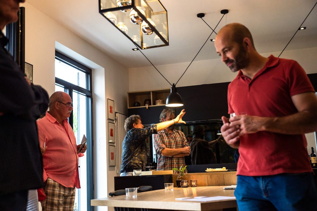 Exposition de gravures contemporaines Chez Pierre & Aurélie, commissaire d'exposition Virginie Baro