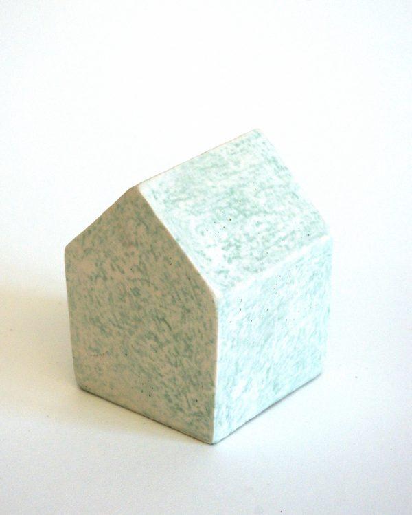 """Série """"Etxea"""", céramique contemporaine, faïence moulée, émaillée, engobée, cirée, Éliane Monnin, représentée par la galerie Virginie Baro"""